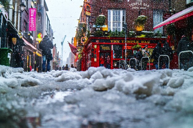 Experience Christmas in Ireland